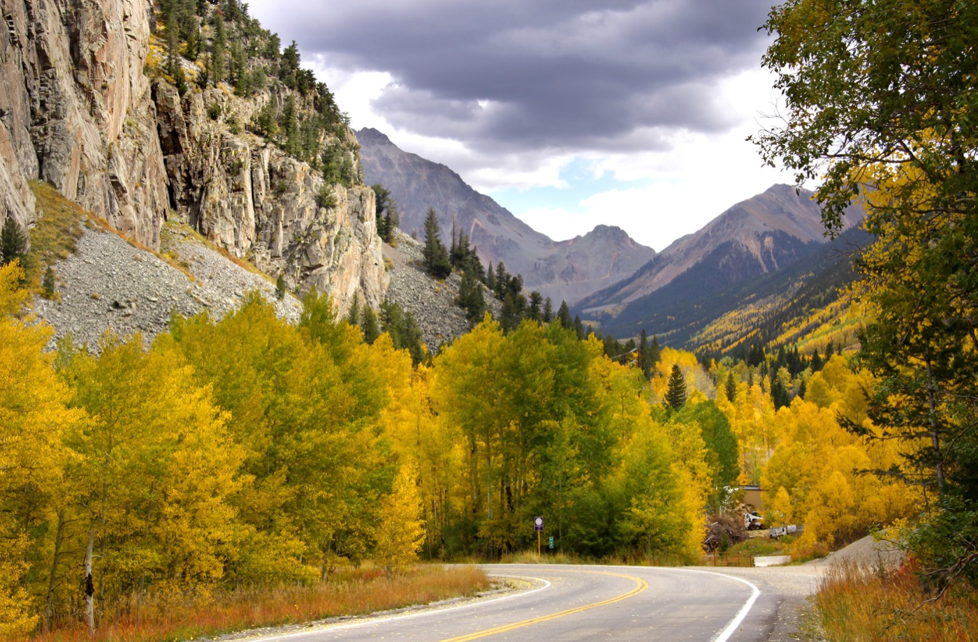 10539833 - scenic drive in rocky mountains in colorado